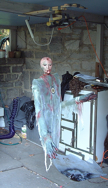 Brewster yard haunt new props for Electric motors for halloween props